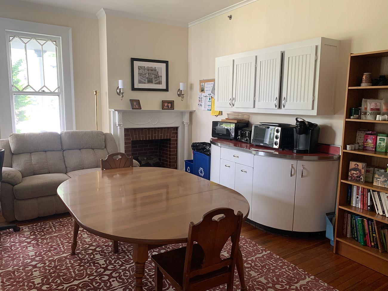 HFI Interior, kitchen